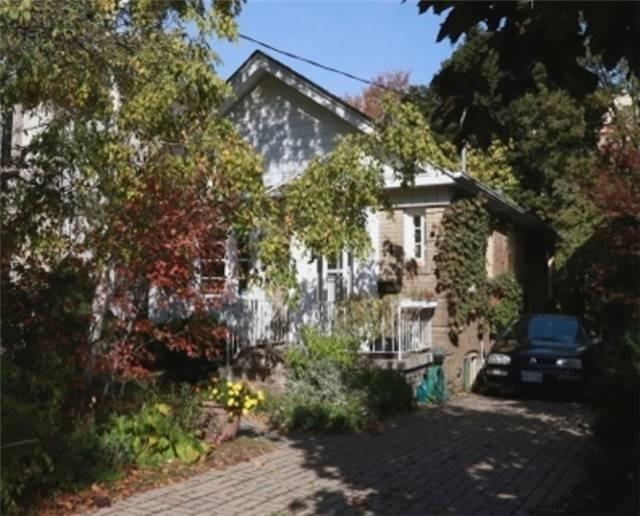 4 Rutherglen Rd, Toronto C3949817