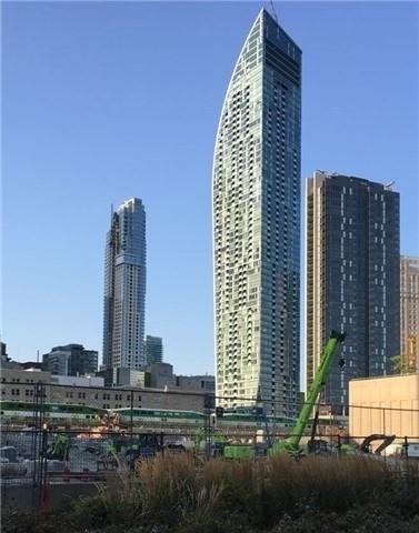 #3204 - 8 The Esplanade, Toronto C4009383