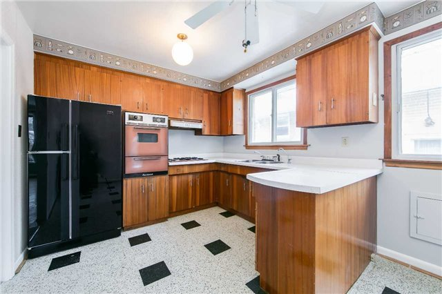 35 Slidell Cres, Toronto C4020023