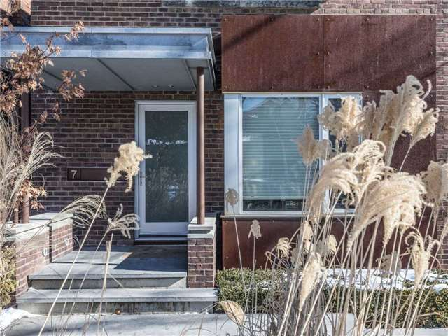 7 Donegall Dr, Toronto C4036549