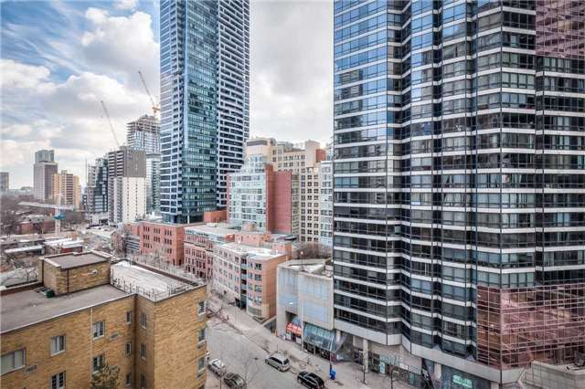 #1010 - 44 St Joseph St, Toronto C4045620