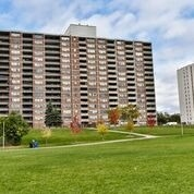#902 - 45 Sunrise Ave, Toronto C4046803