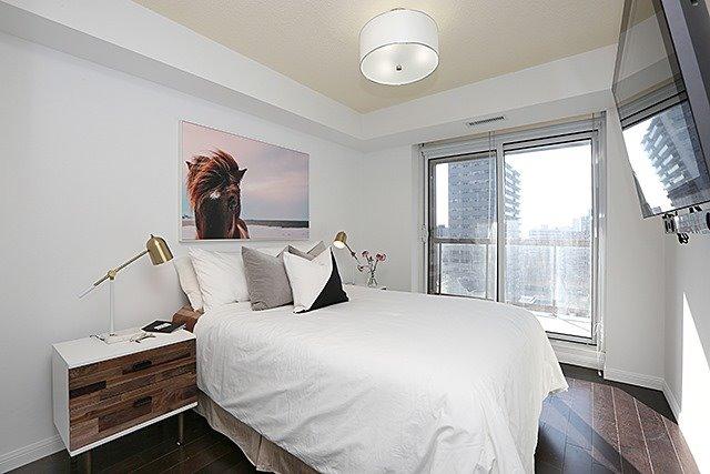 #1102 - 900 Mount Pleasant Rd, Toronto C4064742