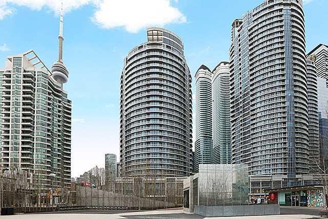 #2704 - 218 Queens Quay W, Toronto C4065176