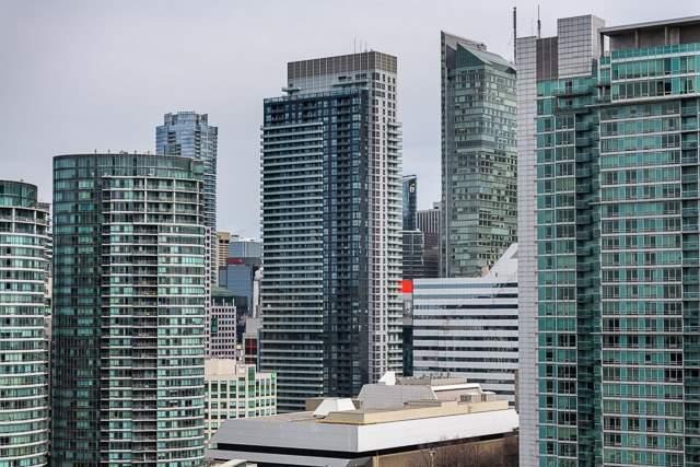 #2307 - 15 Fort York Blvd, Toronto C4075113
