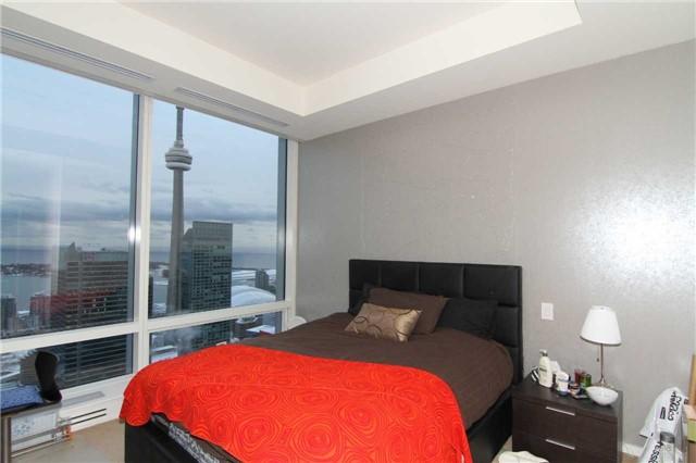 #5906 - 180 University Ave, Toronto C4085981