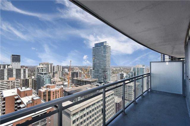 #2013 - 98 Lillian St, Toronto C4124385