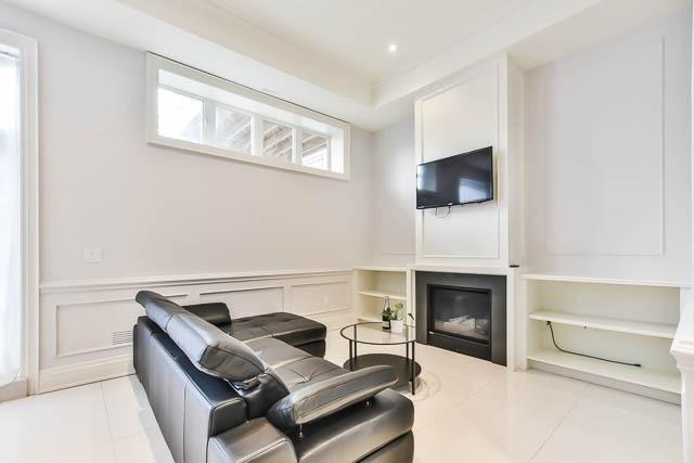 172B Elmwood Ave, Toronto C4125999