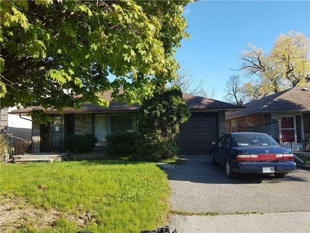 49 Regina Ave, Toronto C4127070