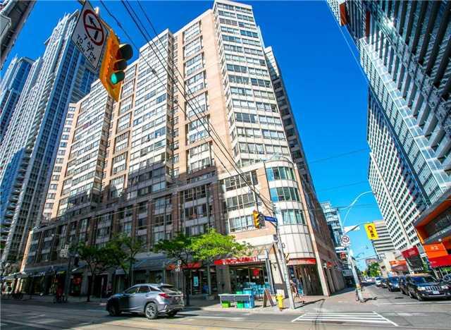 #1813 - 711 Bay St, Toronto C4149299