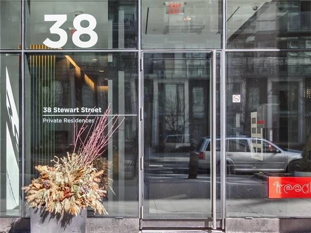 #901 - 38 Stewart St, Toronto C4160072