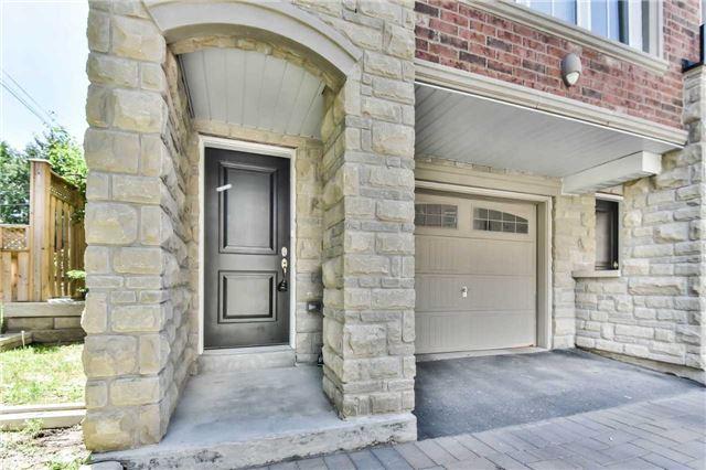 27 Slingsby Lane, Toronto C4160348