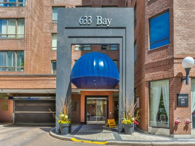 #1421 - 633 Bay St, Toronto C4174471
