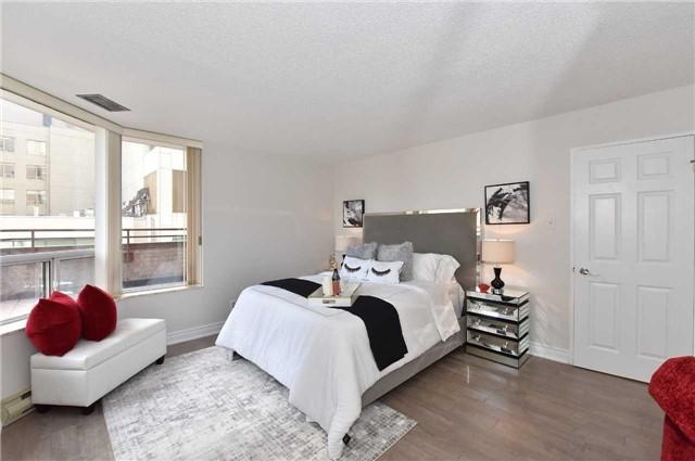 #501 - 55 Centre Ave, Toronto C4204668