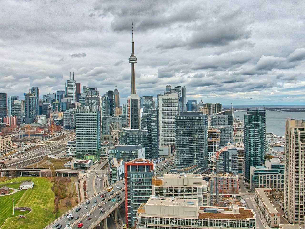 #Lph02 - 219 Fort York Blvd, Toronto C4312610
