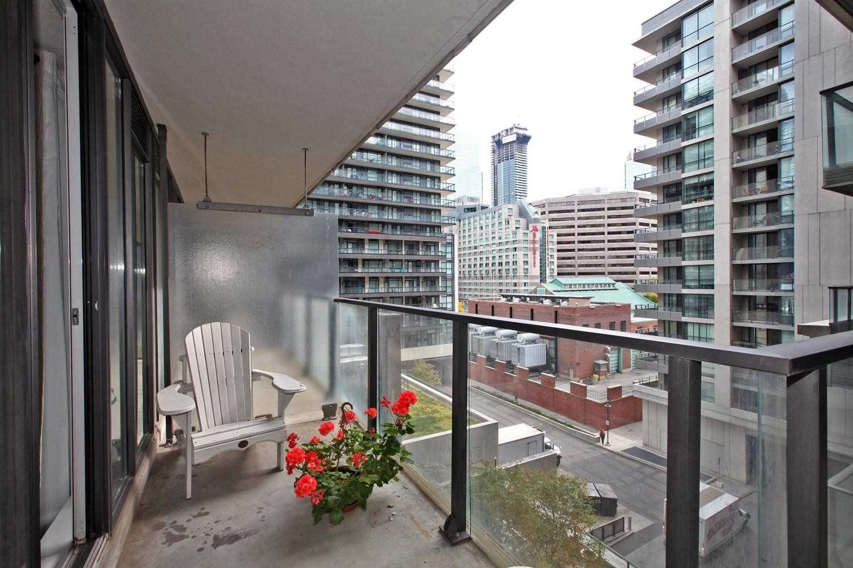 #836 - 111 Elizabeth St, Toronto C4344343
