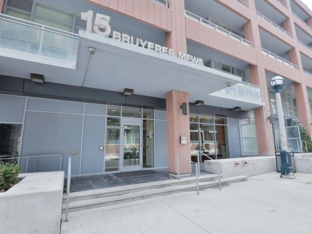 #909 - 15 Bruyeres Mews, Toronto C4367858