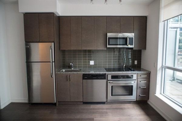 #627 - 98 Lillian St, Toronto C4391959