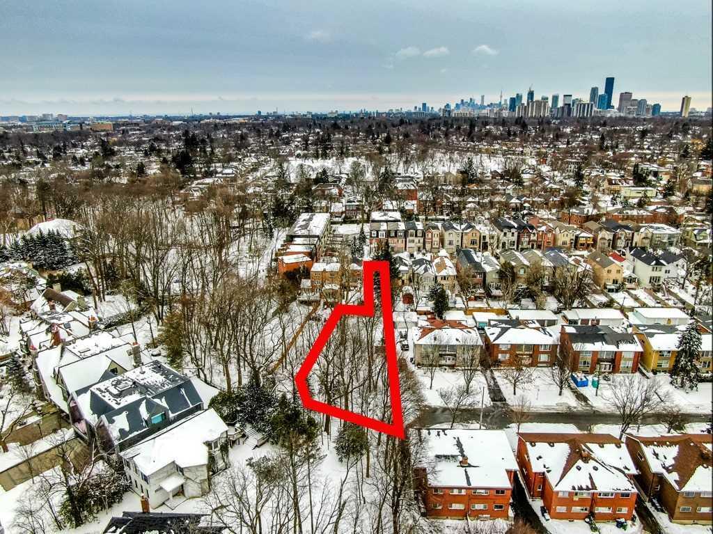 216 Roslin Ave, Toronto C4396860