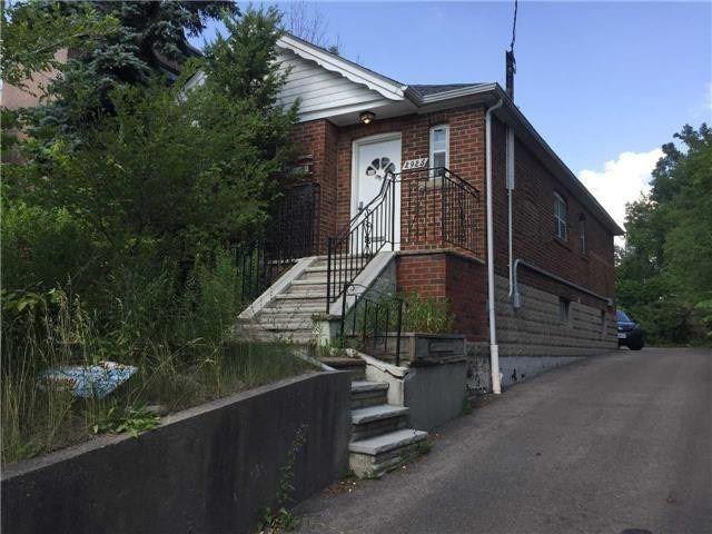 2925 Bathurst St, Toronto C4396968
