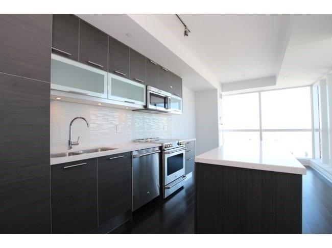 #7301 - 388 Yonge St, Toronto C4399825