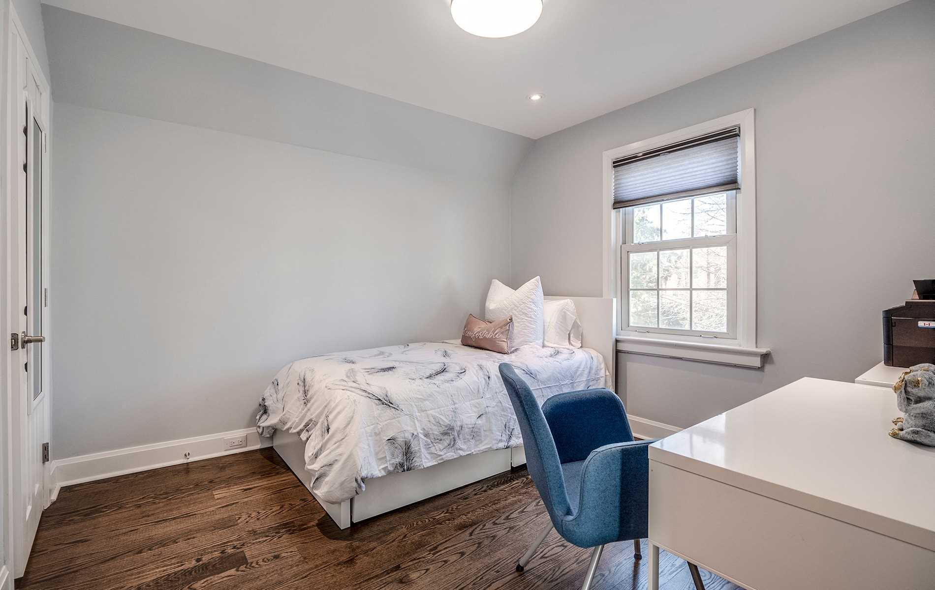 254 Airdrie Rd, Toronto C4408813