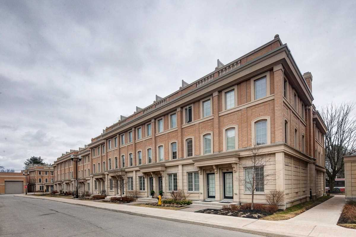 37 Hargrave Lane, Toronto C4413064