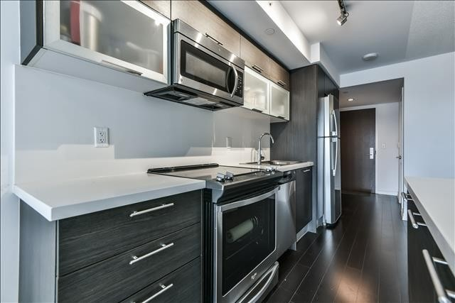 #808 - 386 Yonge St, Toronto C4427404