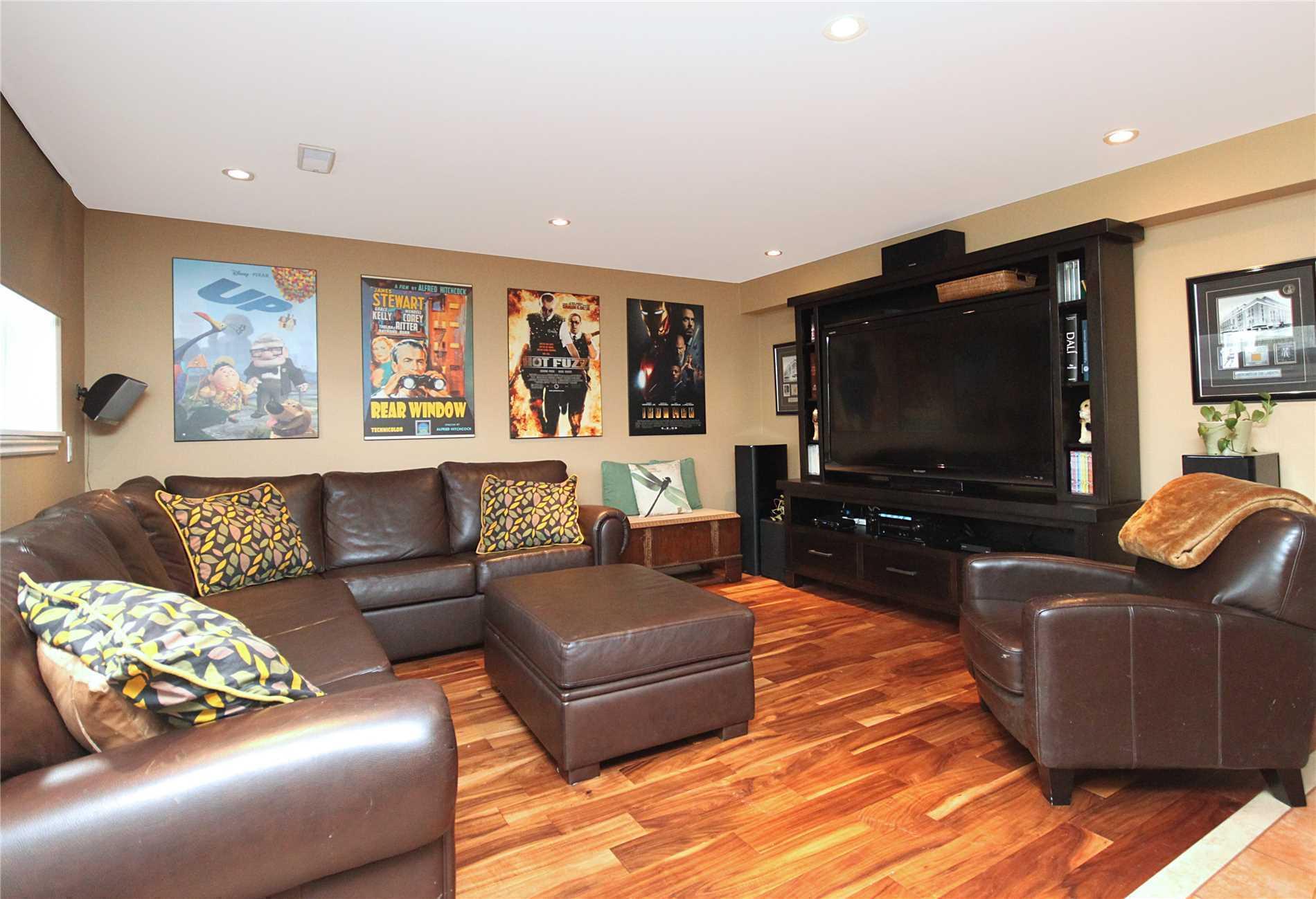 41 Groveland Cres, Toronto C4431896