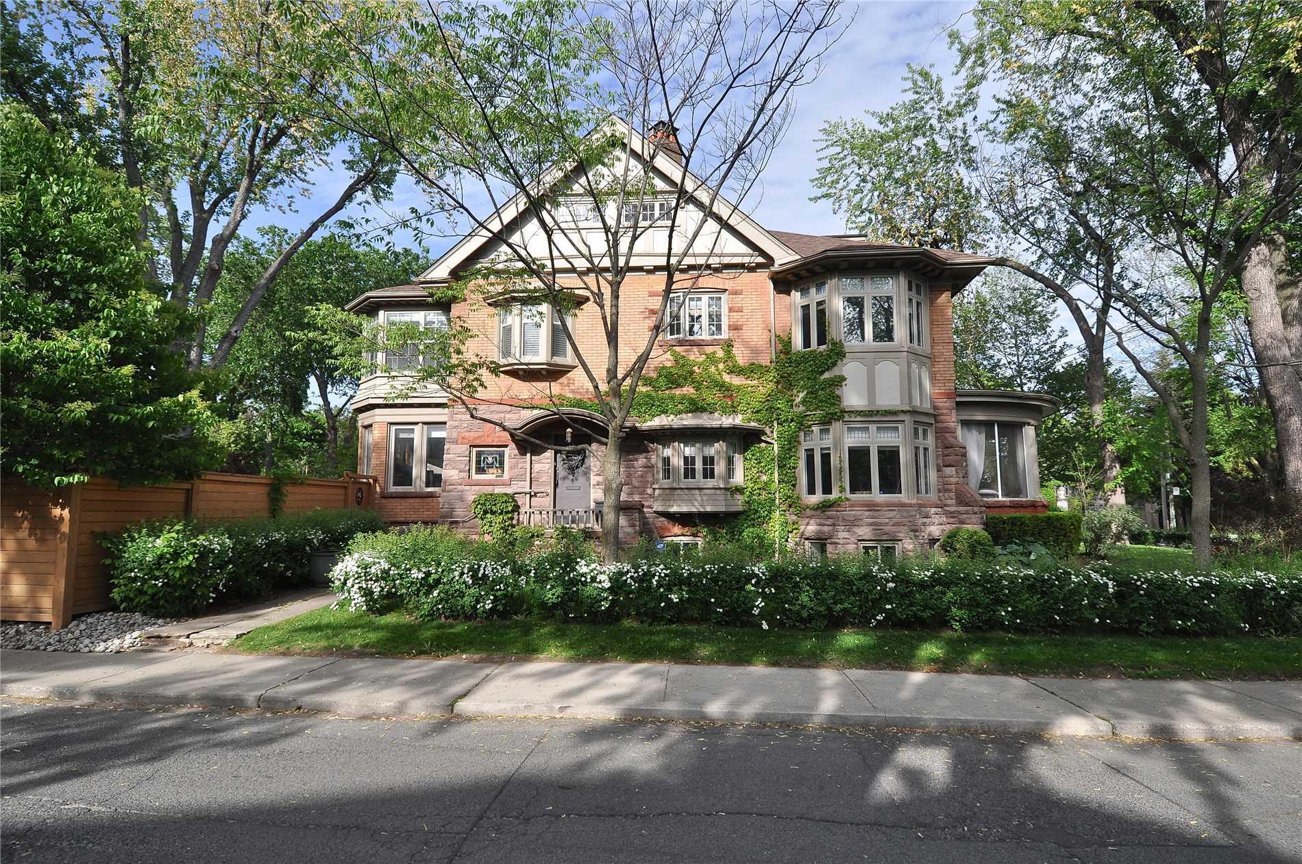1 Warren Rd, Toronto C4433965