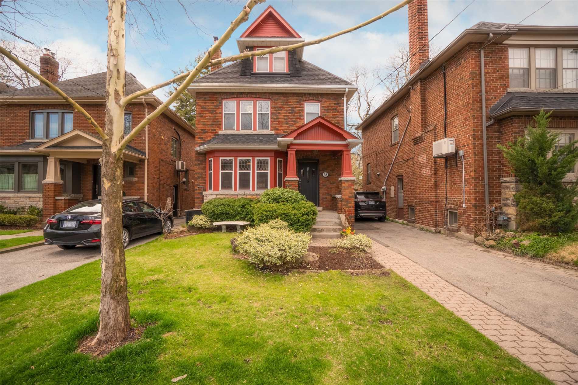38 St Hilda's Ave, Toronto C4440736