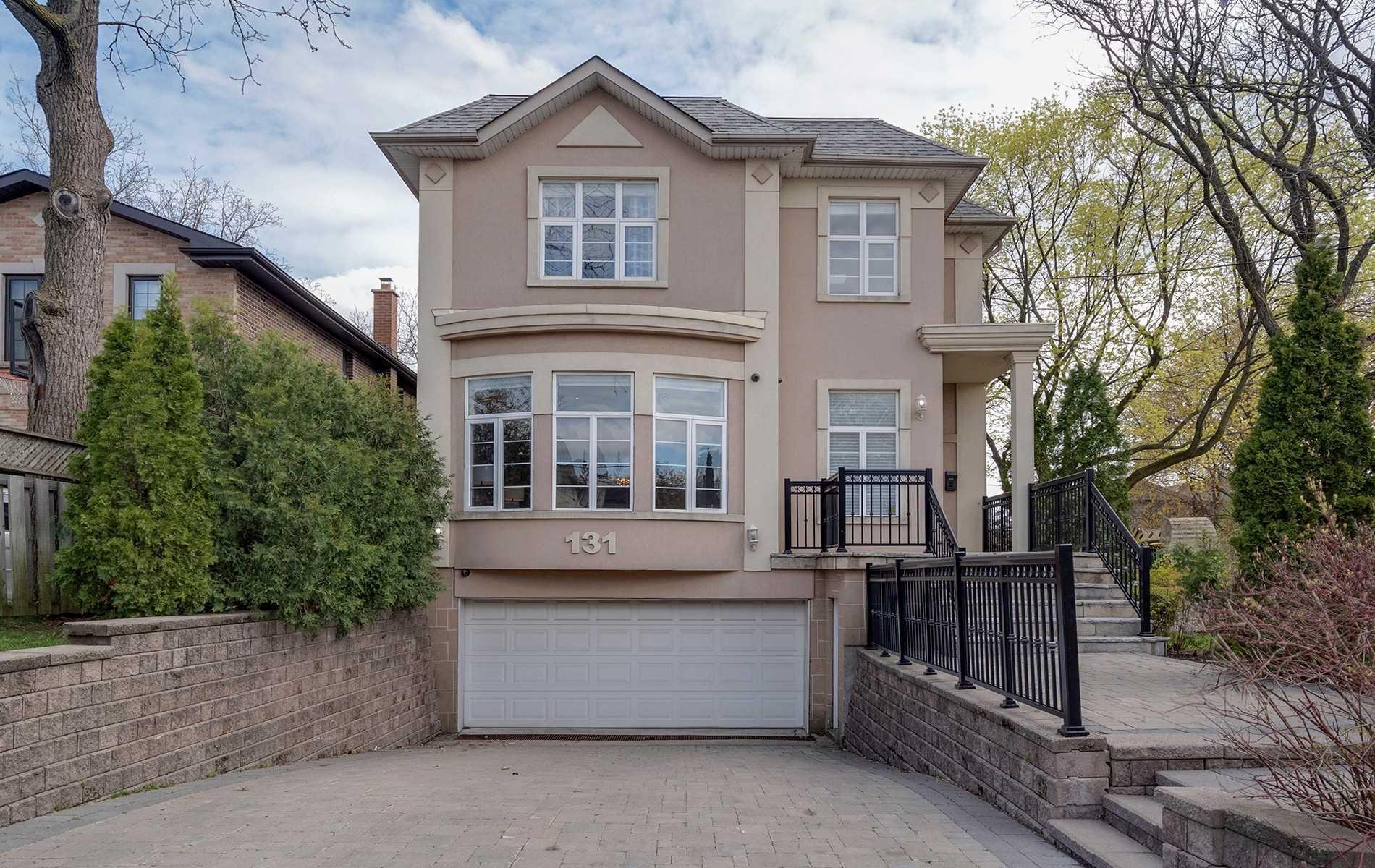 131 Bannockburn Ave, Toronto C4449045