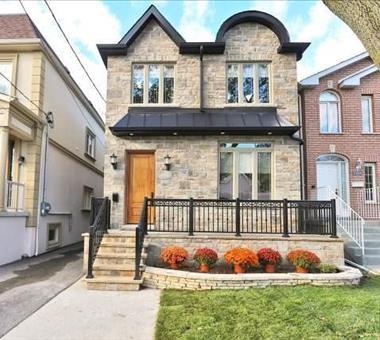 132 Barker Ave, Toronto E3351985