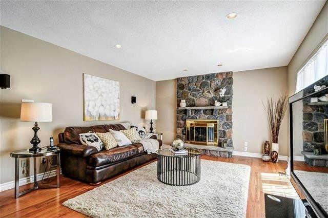 27 Dalmatian Cres, Toronto E3531493