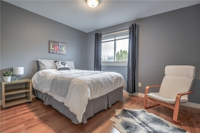35 Resolute Cres, Whitby E3787554