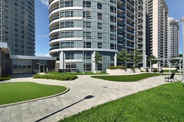 #823 - 135 Village Green Sq, Toronto E3791592