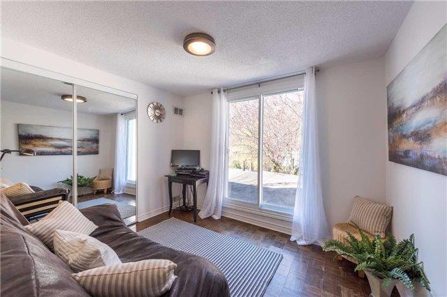 166 Rhodes Ave, Toronto E3802745