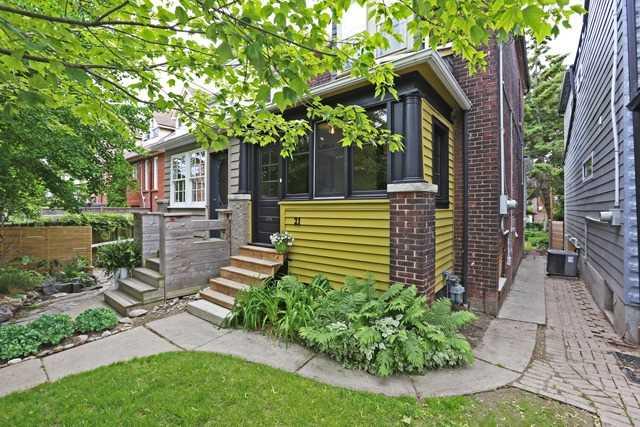 21 Battenberg Ave, Toronto E3842008