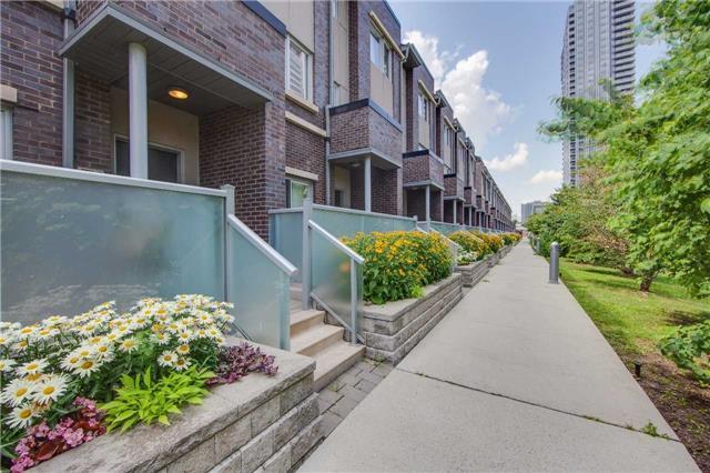 330 Village Green Sq, Toronto E3893002
