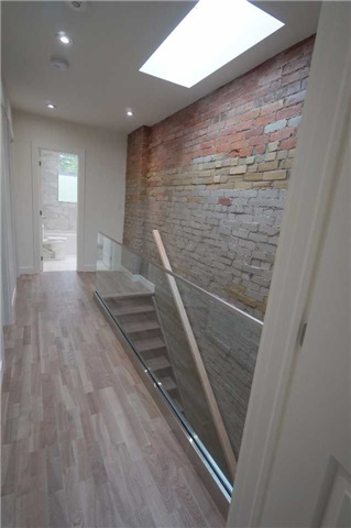 120 Waverley Rd, Toronto E3896580