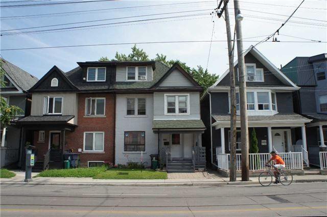 989 Gerrard St E, Toronto E3897689