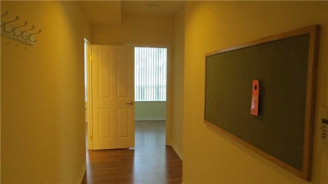 #102 - 2800 Warden Ave, Toronto E3900632