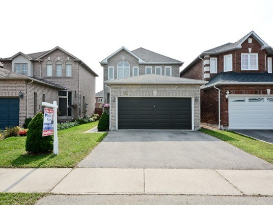 429 Summerpark Cres, Pickering E3932582