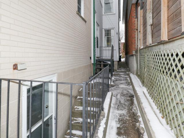 83 Osborne Ave, Toronto E4015742