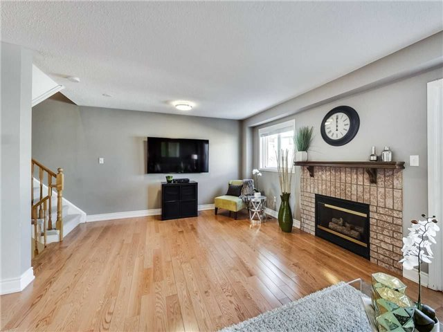 330 Sparrow Circ, Pickering E4033367