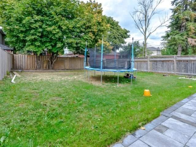 60 Lewiston Rd, Toronto E4034326