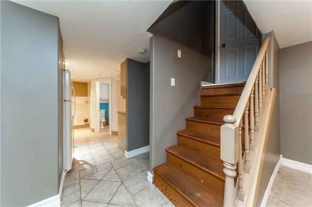 9 Vicross Rd, Toronto E4037992