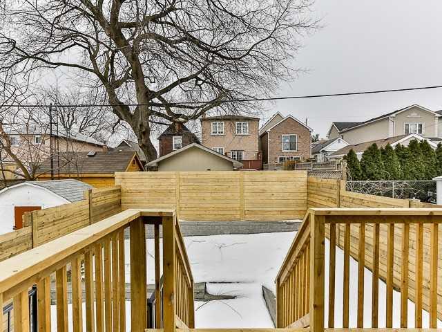 151 Holborne Ave, Toronto E4046024