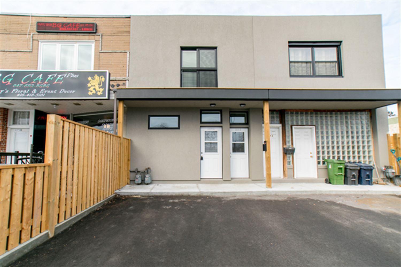2376 Kingston Rd, Toronto E4046164