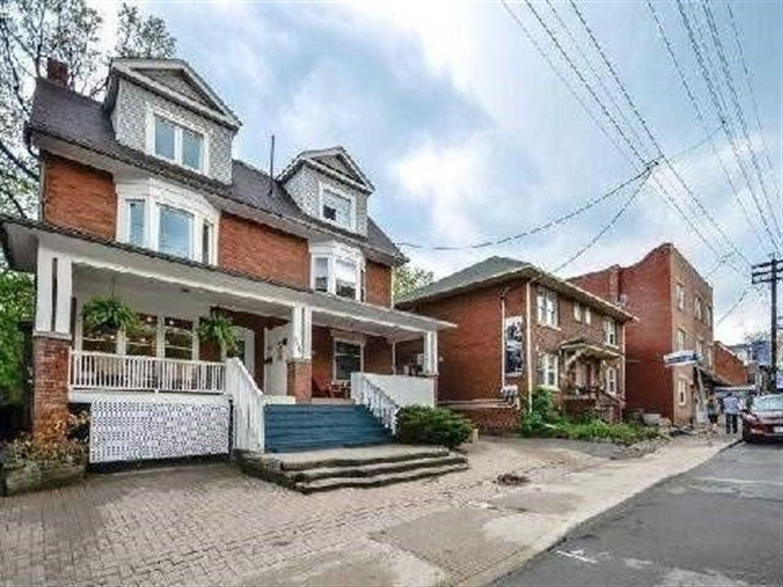 2471 Queen St E, Toronto E4046448